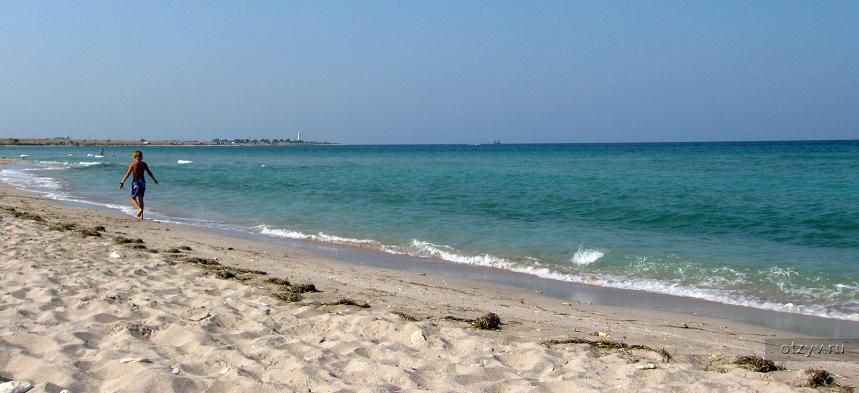 Белоснежный пляж в Оленевке