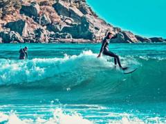 Серфинг, сапсерфинг и виндсерфинг в Крыму: лучшие места для для любителей адреналина