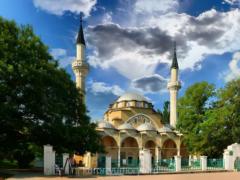 Мечеть Джума-Джами — красивая мусульманская святыня Евпатории
