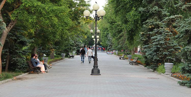 Парк имени Фрунзе в Евпатории фото