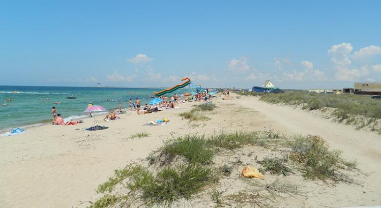 Дикий пляж в Евпатории