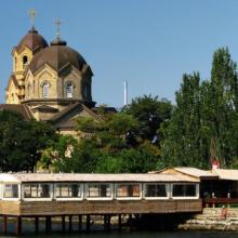 Экскурсии в Евпатории и из Евпатории: что предлагают туристические бюро?