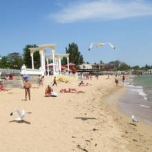 Обзор Евпаторийских пляжей: выбираем где лучше, смотрим на плюсы и минусы