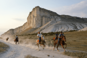 Конные прогулки и туры в Крыму: цены 2021, отзывы