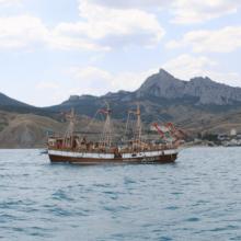 Морские прогулки и экскурсии в Крыму 2019