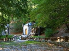 Космо-Дамиановский мужской монастырь: чем он привлекает?