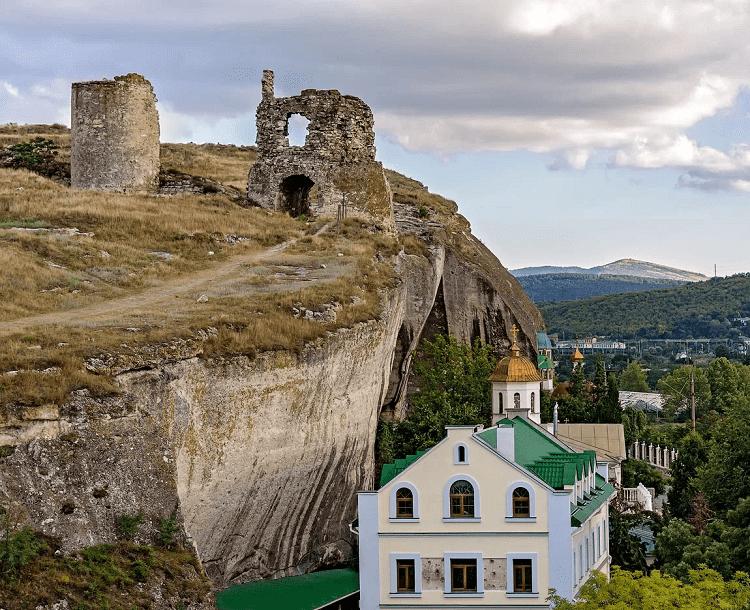 Монастыри Крыма