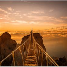 Нависной мост над Ай-Петри — экстрим на высоте птичьего полета!