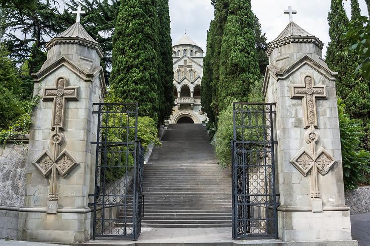 Церковь Святой Рипсиме в Ялте фото 1