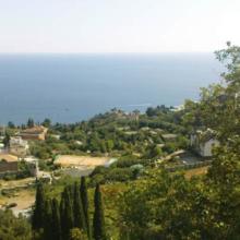 Отдых и жилье в частном секторе в Никите, Крым, Ялта. Сколько стоит жилье у моря без посредников? Цены 2021