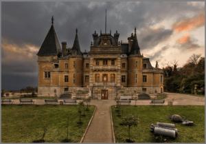 Массандровский дворец в Ялте фото