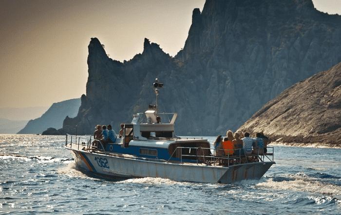 Прогулки на катере в Феодосии