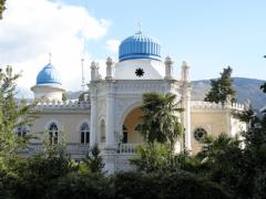 Дворец Эмира Бухарского в Ялте — ориентальный стиль архитектуры