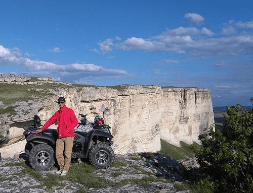 Экскурсии на квадроциклах к Белой скале в Белогорске