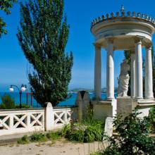 Черноморская набережная в Феодосии