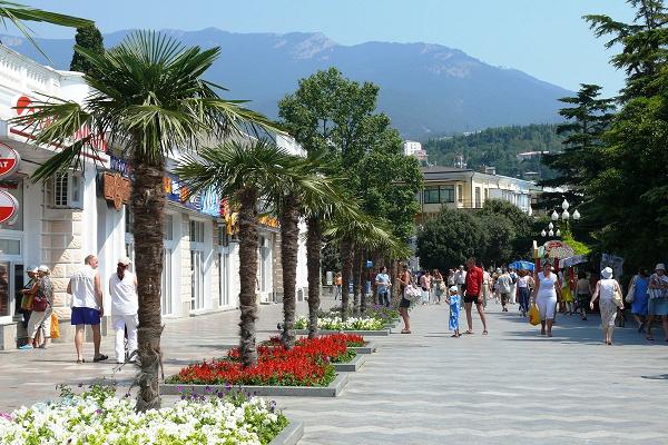 Крым или Сочи