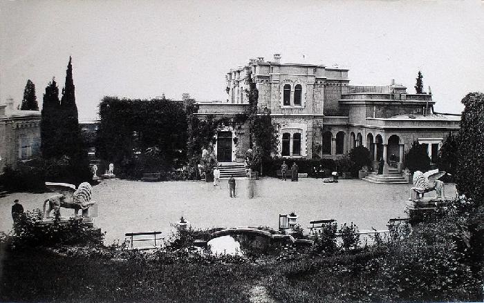 Юсуповский дворец в Крыму фото