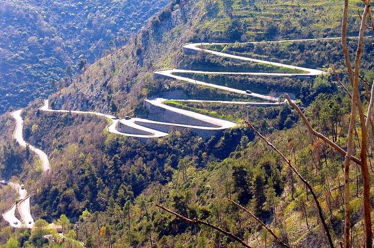 Дорога на машине на Ай-Петри