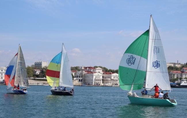 Праздники и фестивали в Крыму в мае