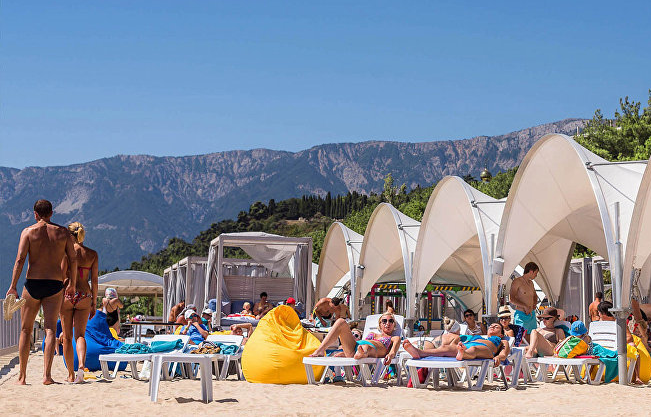 Пляж отеля Ялта-Интурист фото