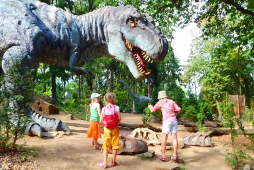 Парк динозавров в Евпатории фото