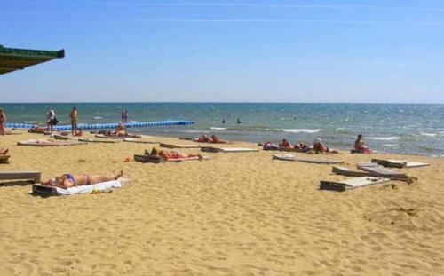 """Санаторий """"Здравница"""" Евпатория пляж"""
