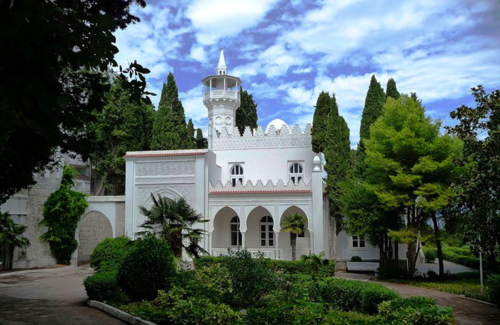 Дворец Кичкинэ в Ялте фото 3