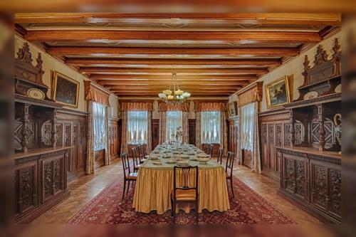 Массандровский дворец в Ялте фото 1