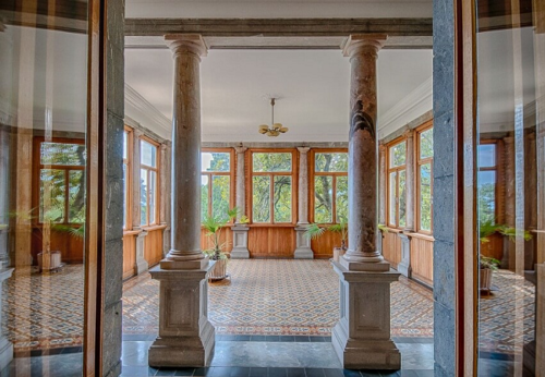 Массандровский дворец в Ялте фото 6