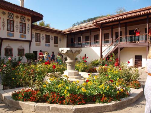Ханский дворец в Бахчисарае фото 2