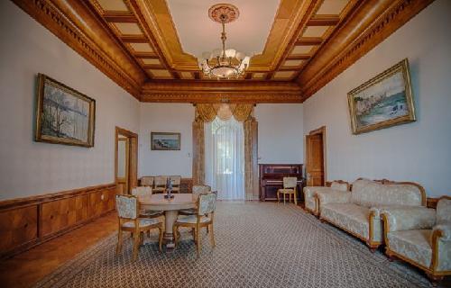 Юсуповский дворец в Крыму фото внутри 2